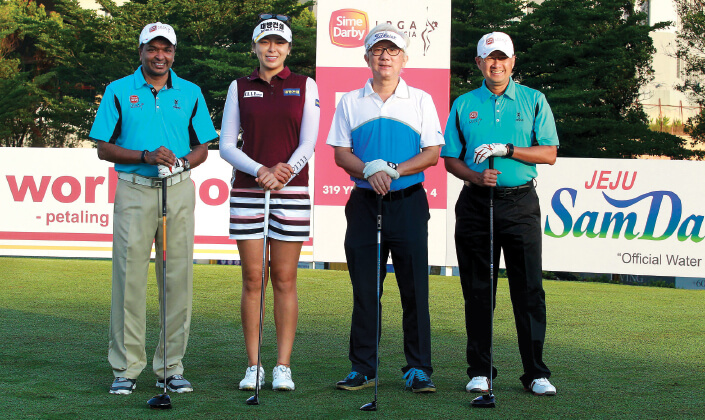 Feng shoots 65 to lead Sime Darby