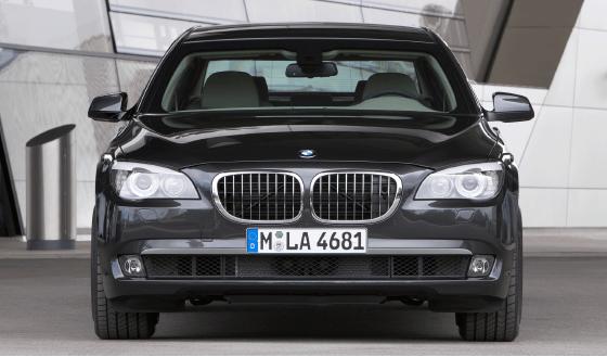 BMW-750Li-xDrive-Sedan