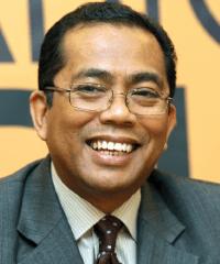 NM_1046_Datuk-Seri-Mohamed-Khaled-Nordin