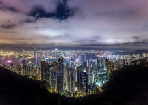 The big threat to Hong Kong's property billionaires