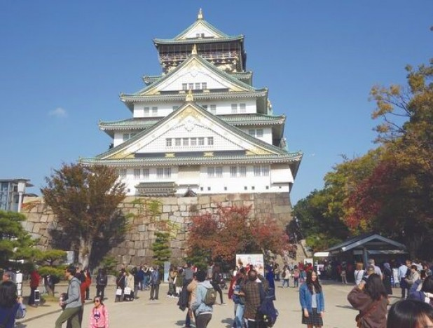 With different beginnings and histories, these castles provide a glimpse into feudal-era Japan