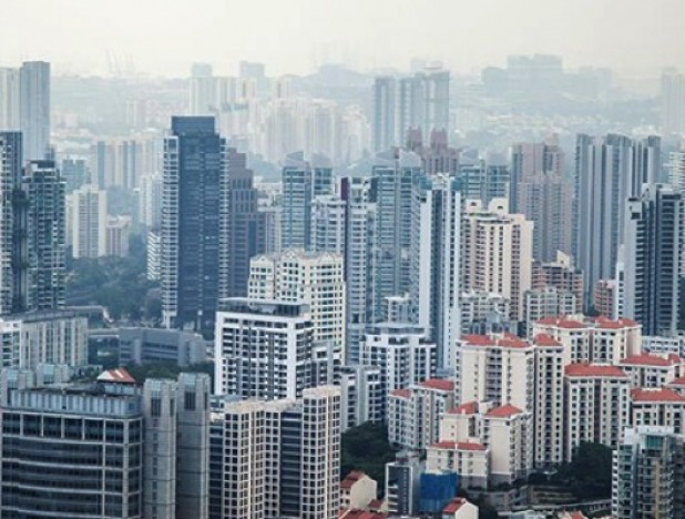 Singapore July private home sales drop 32% on year