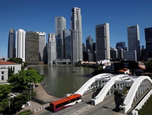 Analysts remain 'neutral' on Singapore banking sector following extension of loan relief measures - THE EDGE SINGAPORE