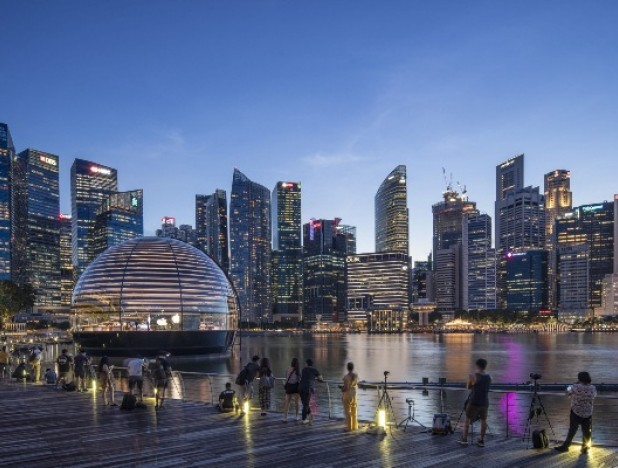 Government measures to prevent economy from contracting by 5.6%, but Singapore still expected to face a full year recession - THE EDGE SINGAPORE