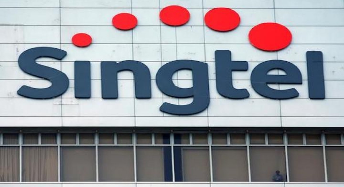 Singtel JV company sells telecommunications towers for $950 mil - THE EDGE SINGAPORE
