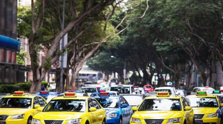 Uber officially launches surge pricing for ComfortDelGro cabs